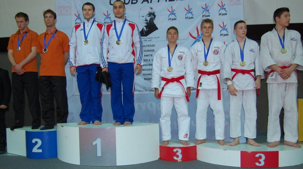 Les ponots en Or au tournoi international Jujitsu de Paris