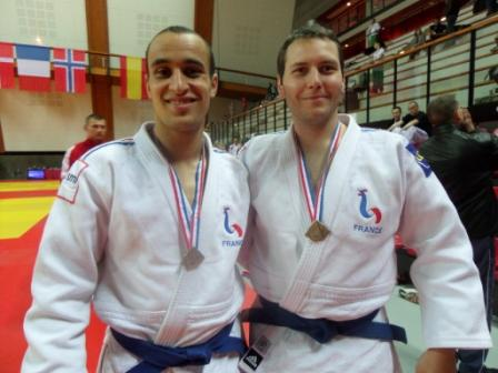 Les ponots en bronze au tournoi international Jujitsu de Paris
