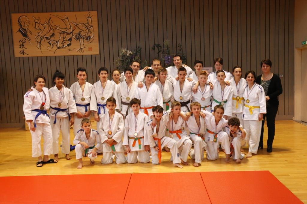 Moisson de titres aux régions Jujitsu