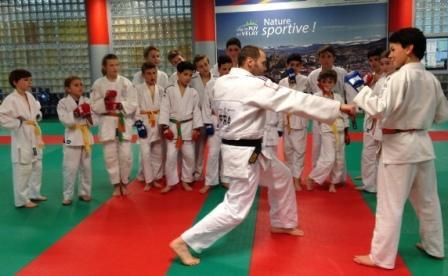 Un bel exemple à suivre avec les champions Jujitsu