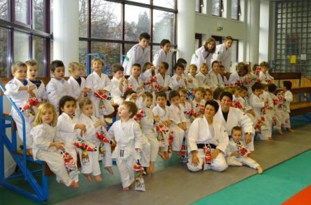 Les baby judo fetent Noel