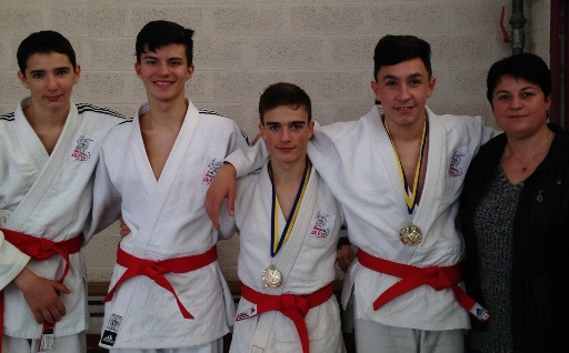 Médailles de bronze à l'open national Jujitsu d'Angers