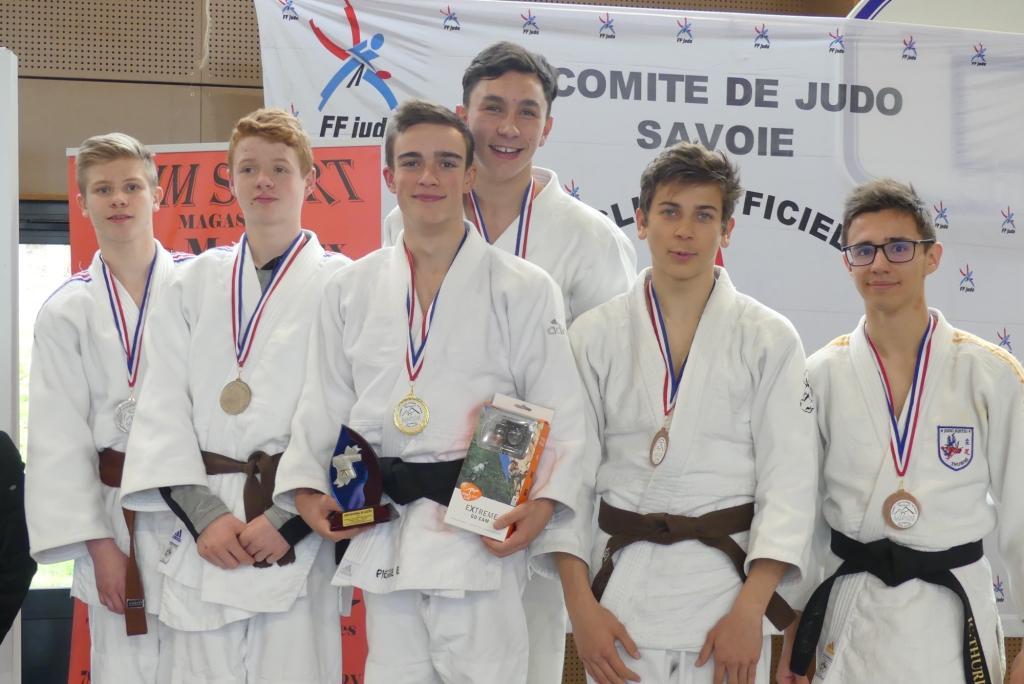 Deux podiums au tournoi national Jujitsu de Grésy sur Aix