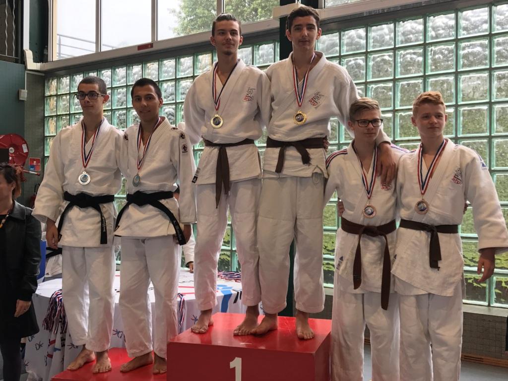 2 podiums à la demi finale des championnats de France Jujitsu à Dax