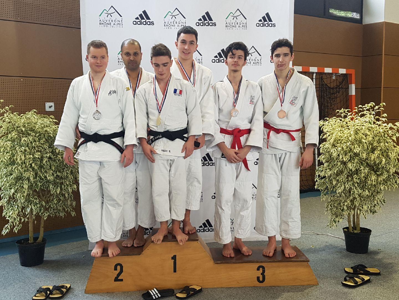 2 duos sur le podium à 1/2 finale des championnats de France Jujitsu