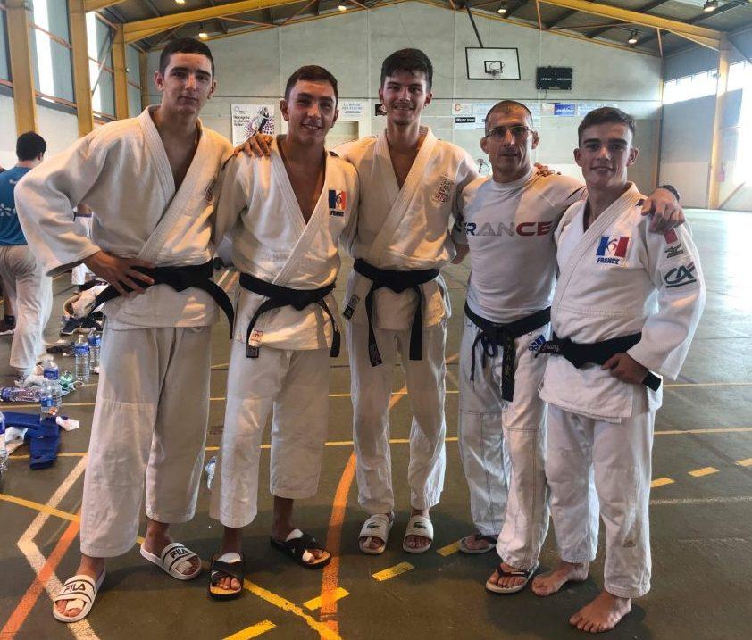 Reprise intensive pour les ponots en stage avec l'équipe de France Jujitsu