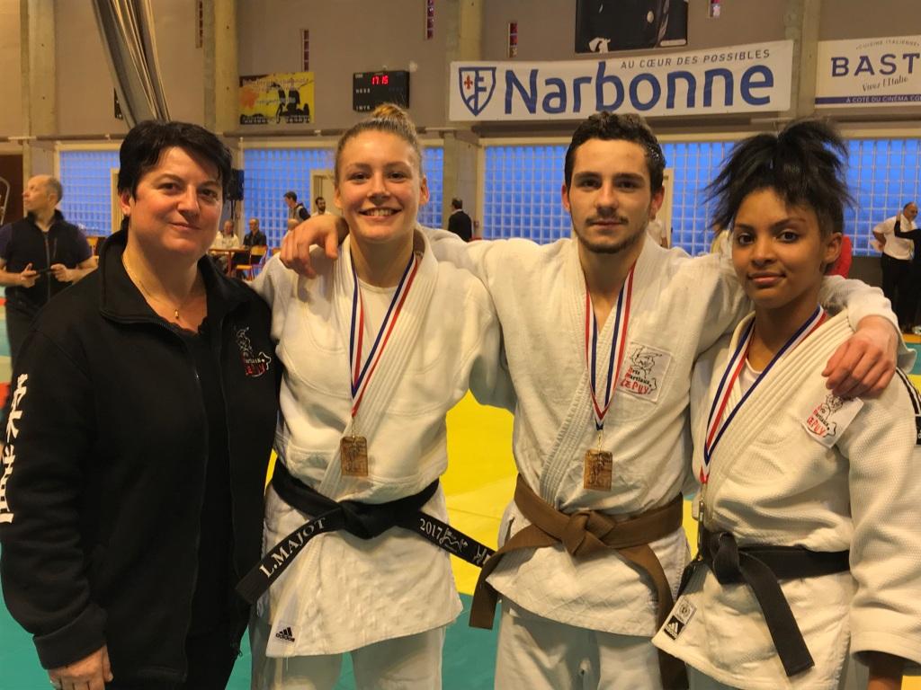 3 médailles en Jujitsu combat