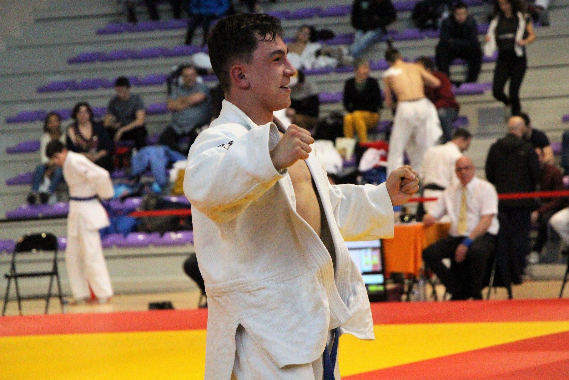3 Titres et 2 podiums aux championnats de France Juniors Jujitsu